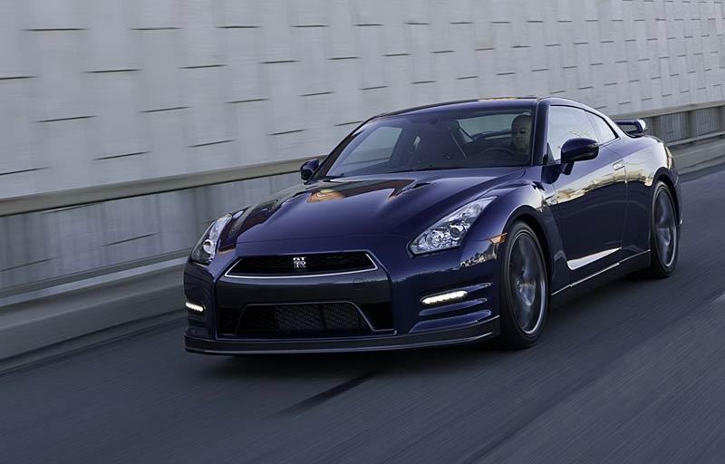 Nissan GT-R: fotogalerie verze modelového roku 2011: - fotka 20