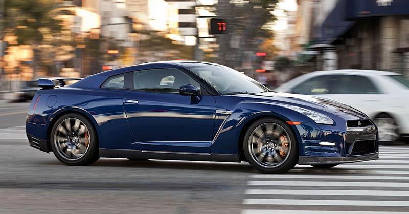 Nissan GT-R: fotogalerie verze modelového roku 2011: - fotka 23
