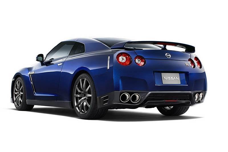 Nissan GT-R: fotogalerie verze modelového roku 2011: - fotka 28