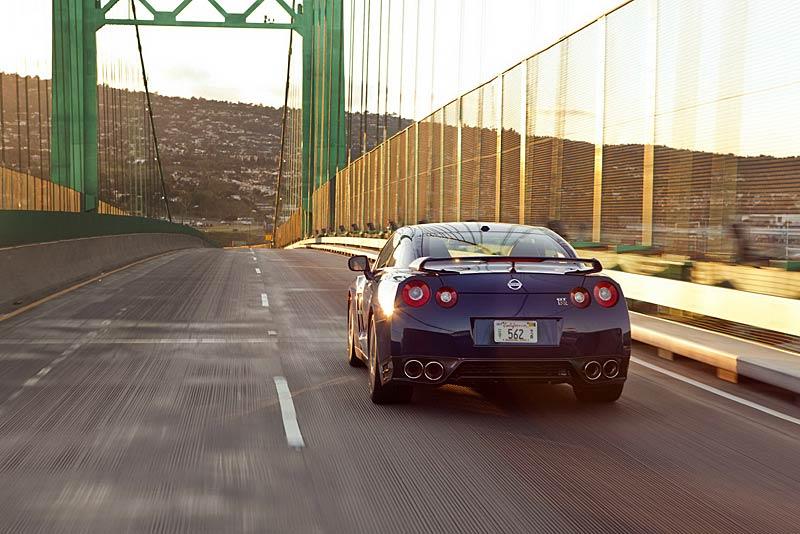 Nissan GT-R vylepšil o 2,48 s svůj rekord na Nordschleife: - fotka 29