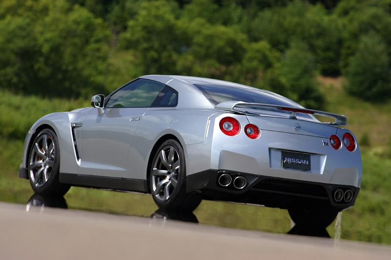 Nissan odstraní z GT-R systém Launch Control: - fotka 31