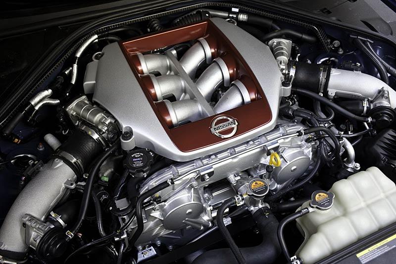 Nissan GT-R: fotogalerie verze modelového roku 2011: - fotka 30