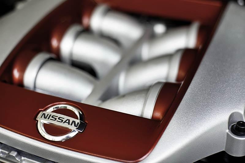 Nissan GT-R: fotogalerie verze modelového roku 2011: - fotka 32