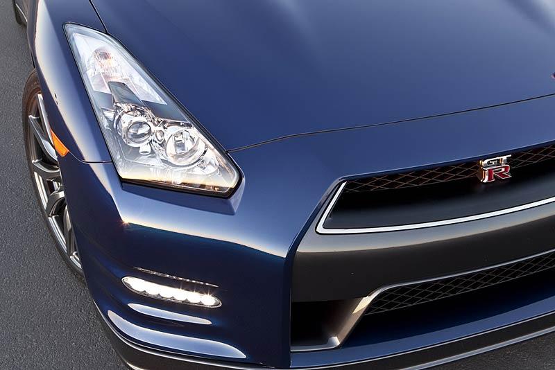 Nissan GT-R: fotogalerie verze modelového roku 2011: - fotka 34