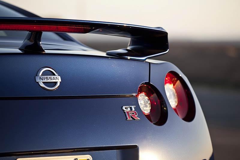 Nissan GT-R: fotogalerie verze modelového roku 2011: - fotka 37
