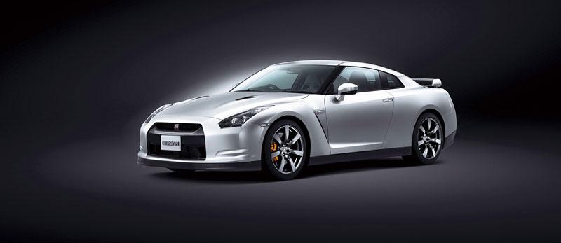 Nissan v Americe skoncoval s levným GT-R: - fotka 8