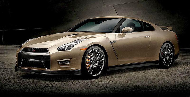 Nissan GT-R 2016: Nabídka bohatší o 45th Anniversary Gold Edition: - fotka 1