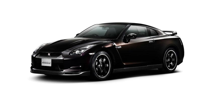 Nissan v Americe skoncoval s levným GT-R: - fotka 11
