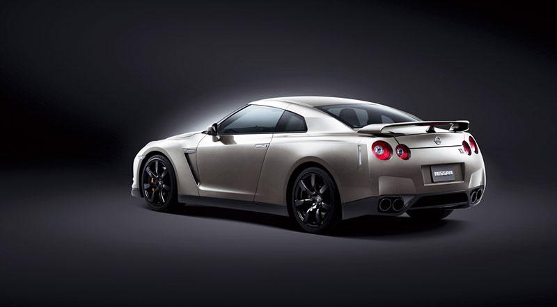 Nissan v Americe skoncoval s levným GT-R: - fotka 12