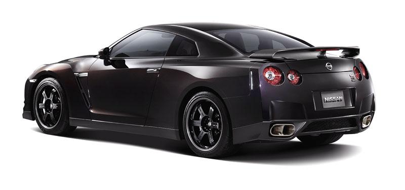 Nissan GT-R SpecV oficiálně: více karbonu, více rychlosti: - fotka 22