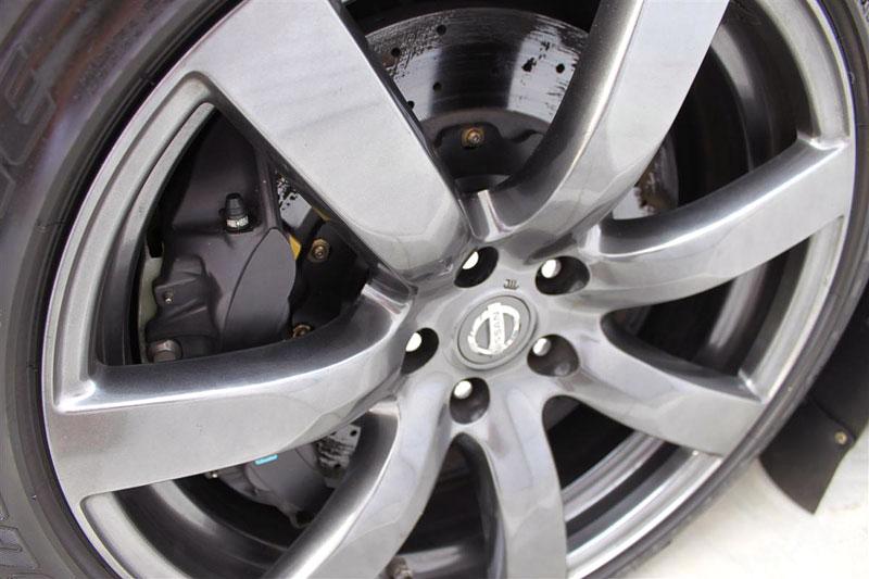 Stillen Nissan GT-R: 620 koní pro Targa Rally: - fotka 24
