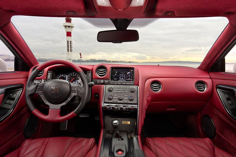 Nissan GT-R Egoist: velká fotogalerie: - fotka 19