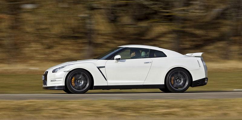 Nissan GT-R Egoist: velká fotogalerie: - fotka 50