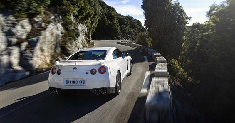 Nissan GT-R Egoist: velká fotogalerie: - fotka 52