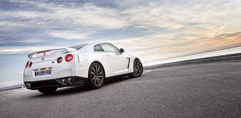 Nissan GT-R Egoist: velká fotogalerie: - fotka 53