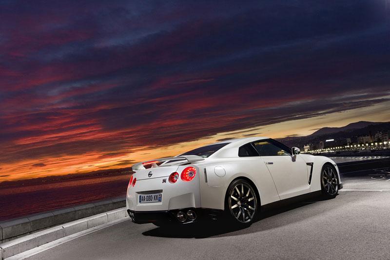 Nissan GT-R Egoist: velká fotogalerie: - fotka 57