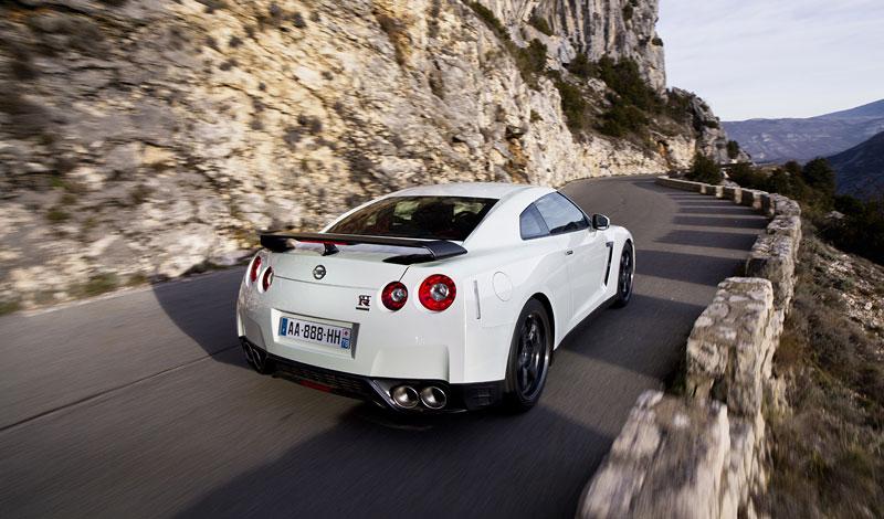 Nissan GT-R Egoist: velká fotogalerie: - fotka 61