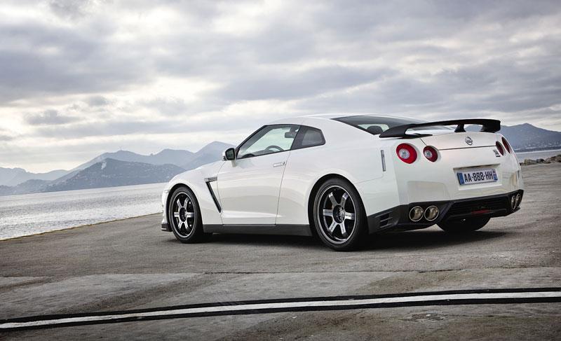 Nissan GT-R Egoist: velká fotogalerie: - fotka 63