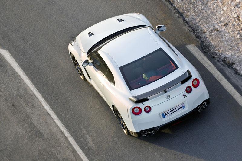 Nissan GT-R Egoist: velká fotogalerie: - fotka 62