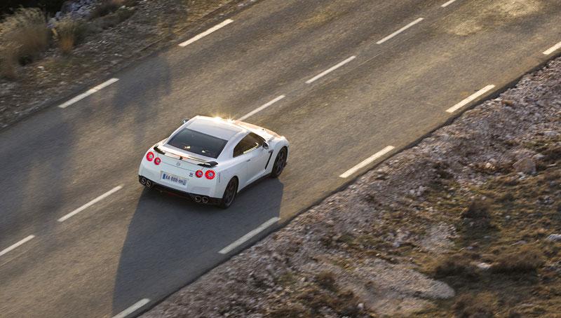 Nissan GT-R Egoist: velká fotogalerie: - fotka 64