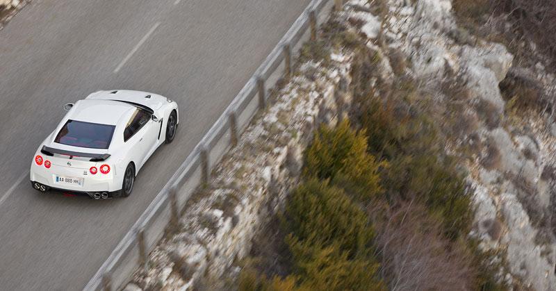 Nissan GT-R Egoist: velká fotogalerie: - fotka 66