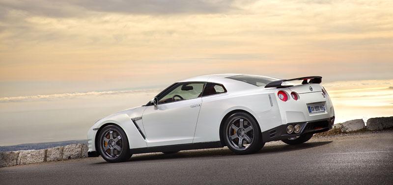 Nissan GT-R Egoist: velká fotogalerie: - fotka 68