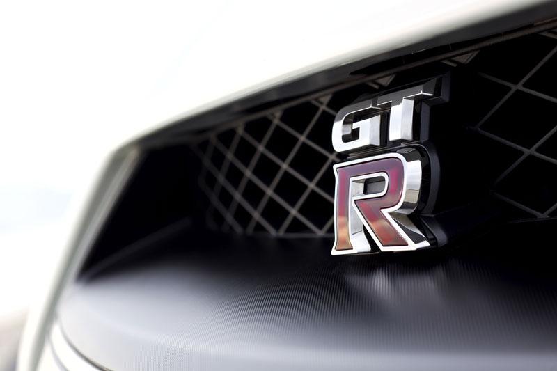 Nissan GT-R Egoist: velká fotogalerie: - fotka 71