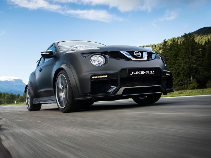 Řídili jsme Nissan Juke-R 2.0, crossover za 13,5 milionu korun (+video): - fotka 13