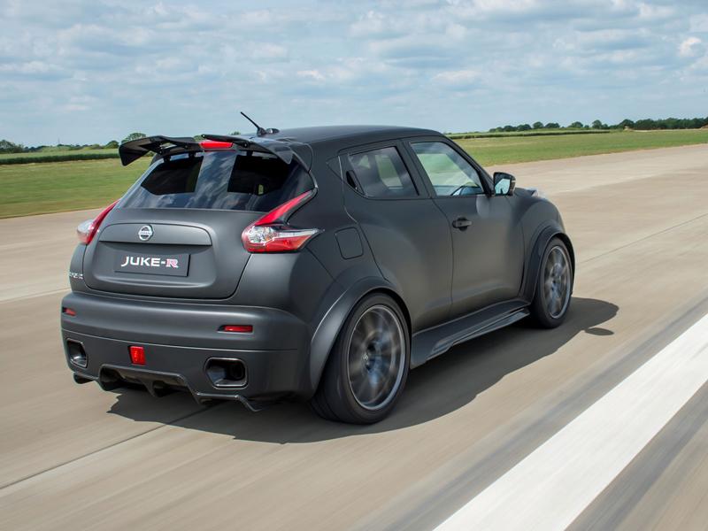 Nissan Juke-R 2.0 vznikne v limitované sérii (+video): - fotka 18