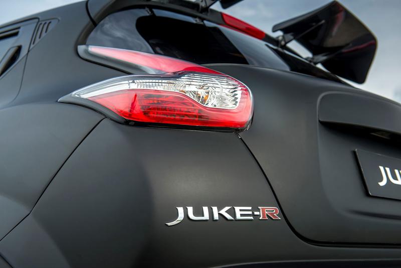 Nissan Juke-R 2.0 vznikne v limitované sérii (+video): - fotka 23