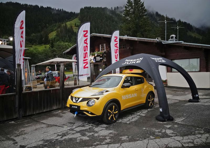 Řídili jsme Nissan Juke-R 2.0, crossover za 13,5 milionu korun (+video): - fotka 38