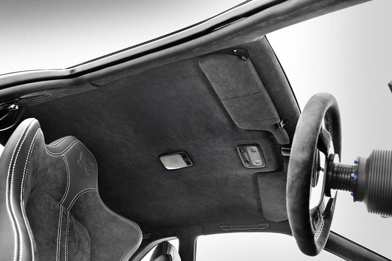 Nissan Skyline R34 GT-R: jako z fabriky: - fotka 3