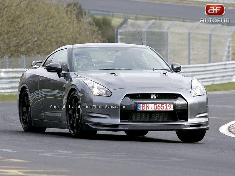 Nissan GT-R Spec-V: novoroční dárek: - fotka 2