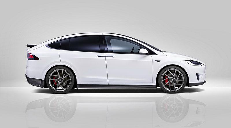 Novitec se nově pouští i do úprav elektromobilů značky Tesla: - fotka 13