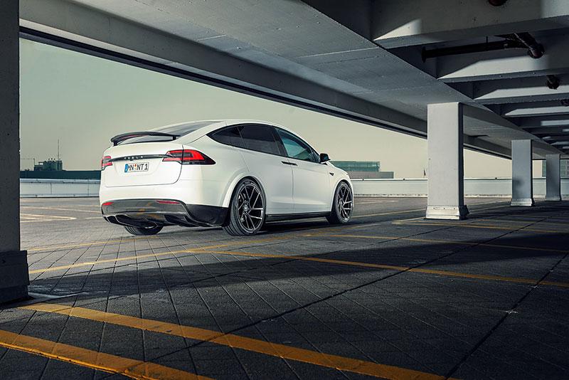 Novitec se nově pouští i do úprav elektromobilů značky Tesla: - fotka 21