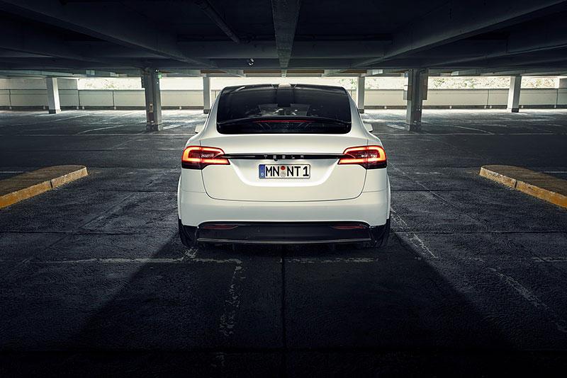Novitec se nově pouští i do úprav elektromobilů značky Tesla: - fotka 27