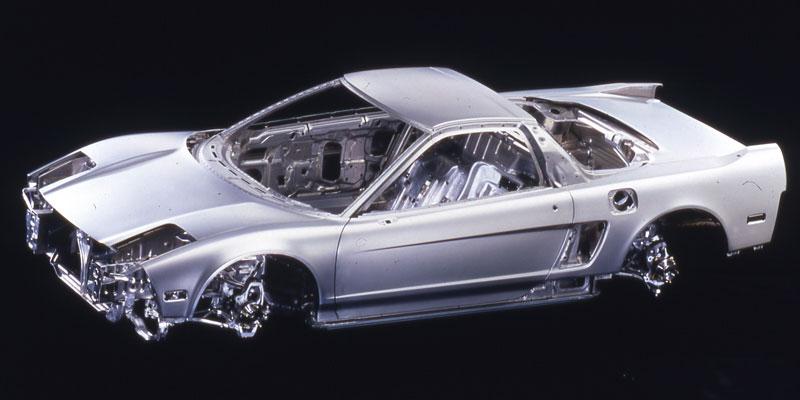 Pod Lupou: Honda NSX – supersport ze země vycházejícího slunce: - fotka 76