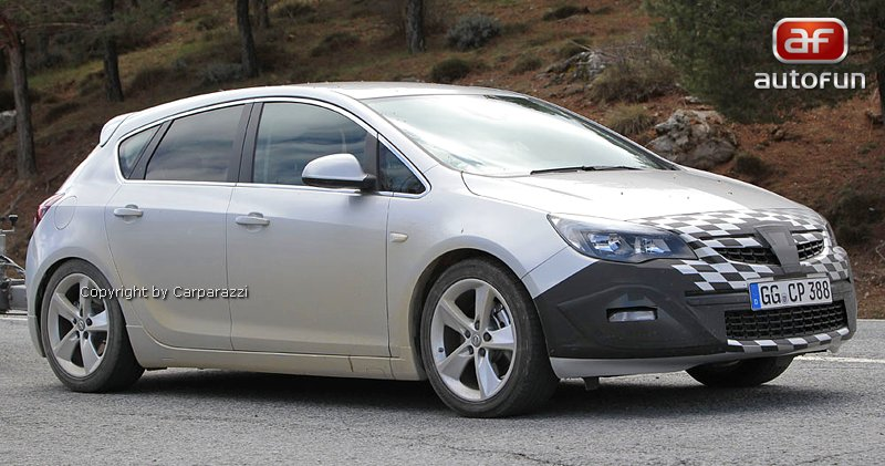 Spy Photos: Opel Astra GSI: - fotka 2