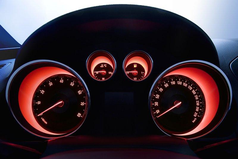 Opel Calibra má dostat nástupce: - fotka 9