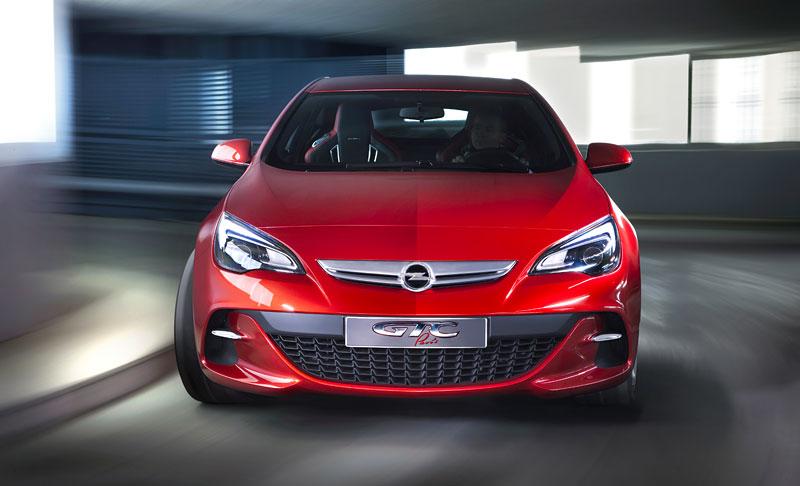Opel Astra GTC Paris: velká fotogalerie a podrobnější info: - fotka 11
