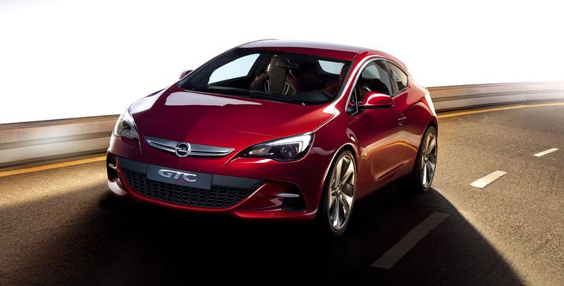 Opel Astra GTC Paris: velká fotogalerie a podrobnější info: - fotka 13