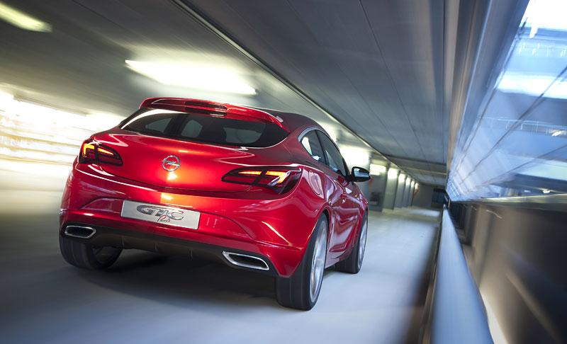 Opel Astra GTC Paris: velká fotogalerie a podrobnější info: - fotka 39