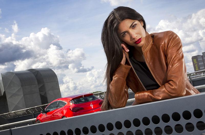 Opel Astra GTC Paris: velká fotogalerie a podrobnější info: - fotka 42