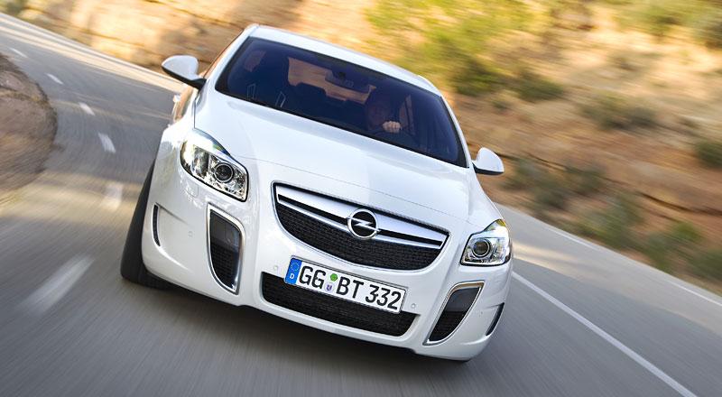 Opel Insignia Sports Tourer OPC: další upalující stěhovák: - fotka 16