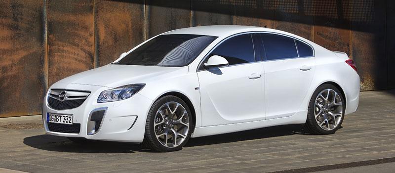 Opel Insignia Sports Tourer OPC: další upalující stěhovák: - fotka 18