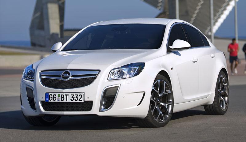 Opel Insignia Sports Tourer OPC: další upalující stěhovák: - fotka 19