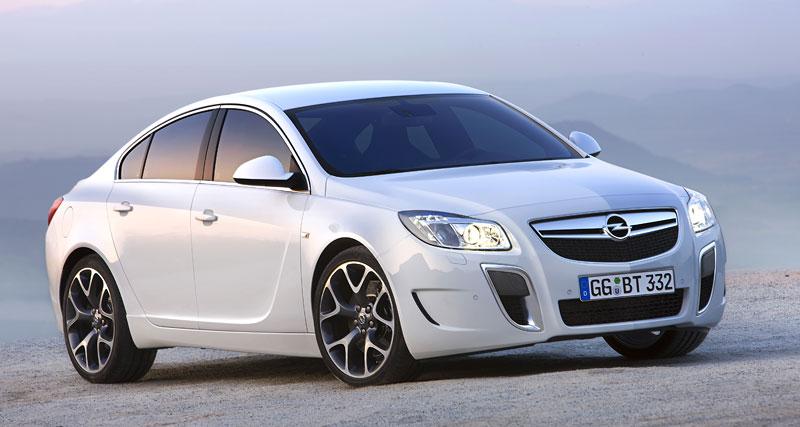 Opel Insignia Sports Tourer OPC: další upalující stěhovák: - fotka 20