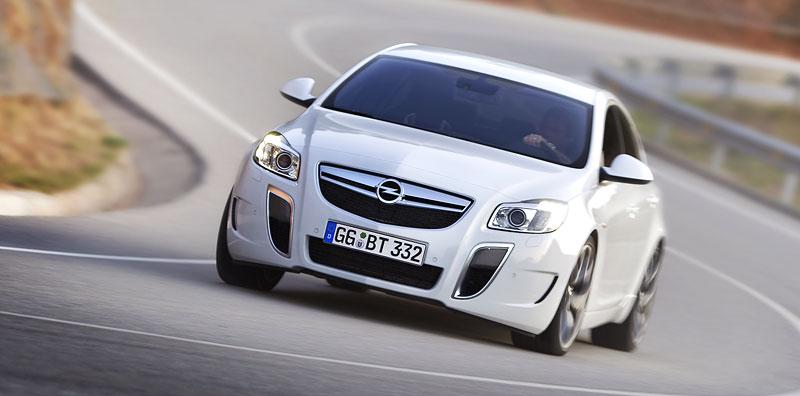 Opel Insignia Sports Tourer OPC: další upalující stěhovák: - fotka 22