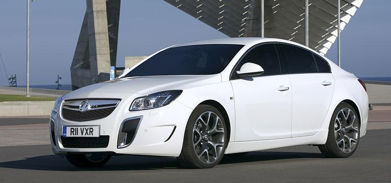 Opel Insignia Sports Tourer OPC: další upalující stěhovák: - fotka 17