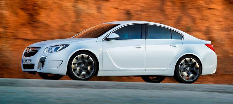Opel Insignia Sports Tourer OPC: další upalující stěhovák: - fotka 23